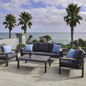 outdoor furniture & styling