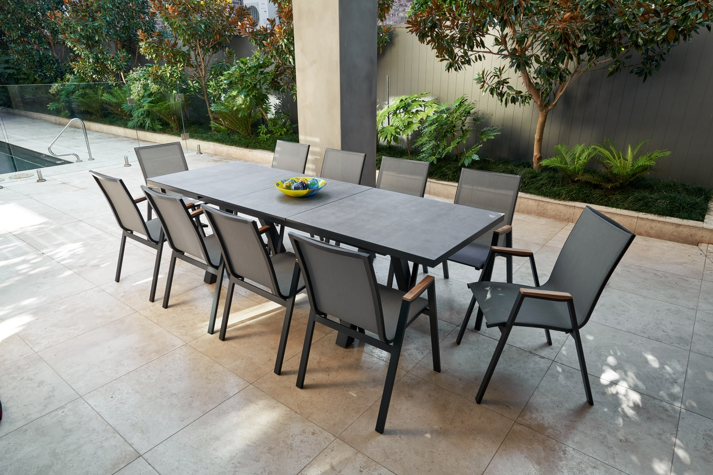 Atlantis Ceramic Glass Extension Dining Table